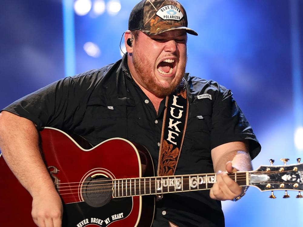 """Luke Combs' New Album, """"What You See Is What You Get,"""" Debuts at No. 1 on All-Genre Billboard 200 Chart"""