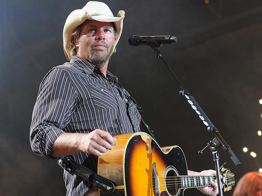 April 20: Live-Stream Calendar With Toby Keith, Kacey Musgraves, Ashley McBryde, Willie Nelson & More