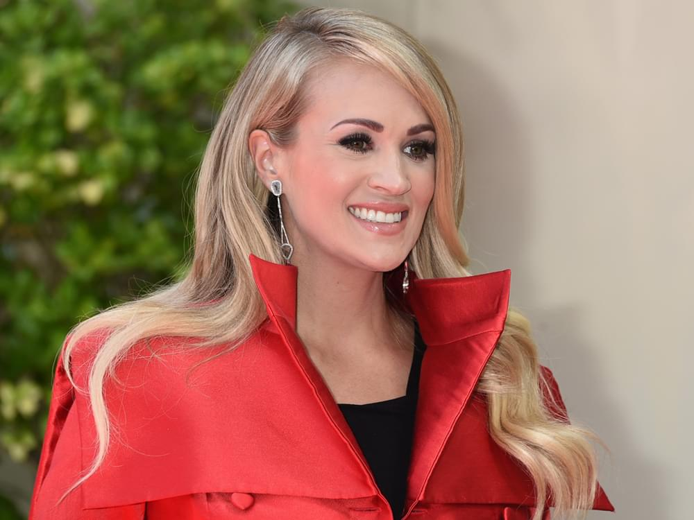"Carrie Underwood to Co-Host ""Live With Kelly & Ryan"" on Nov. 8"