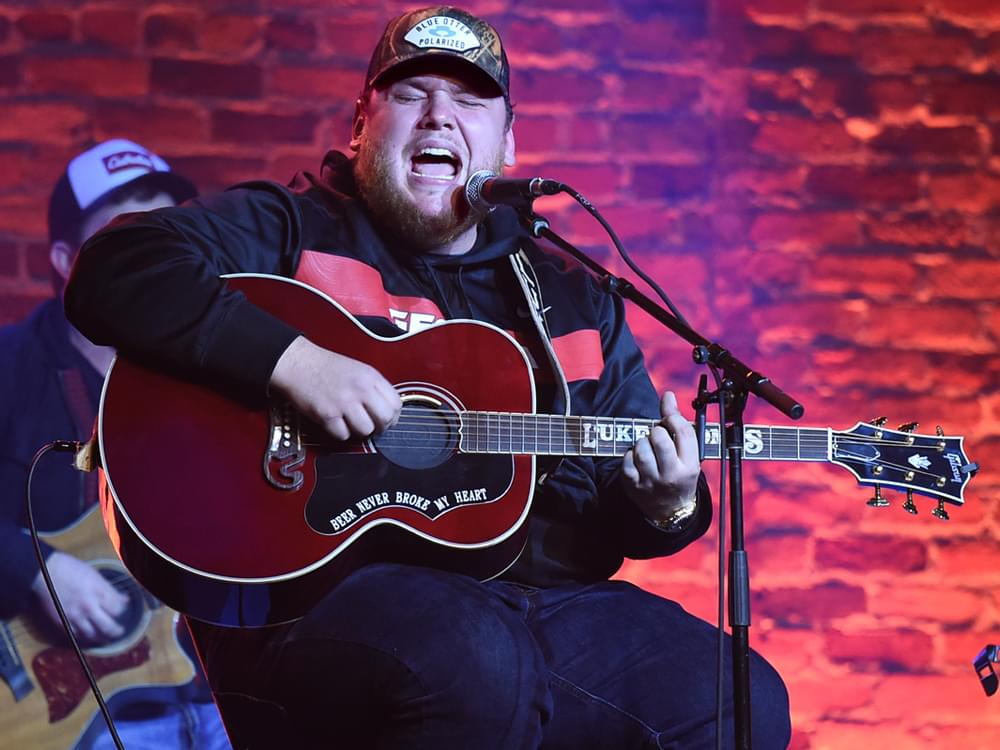 "Luke Combs Officially Releases New Quarantine-Inspired Song, ""Six Feet Apart"" [Listen]"