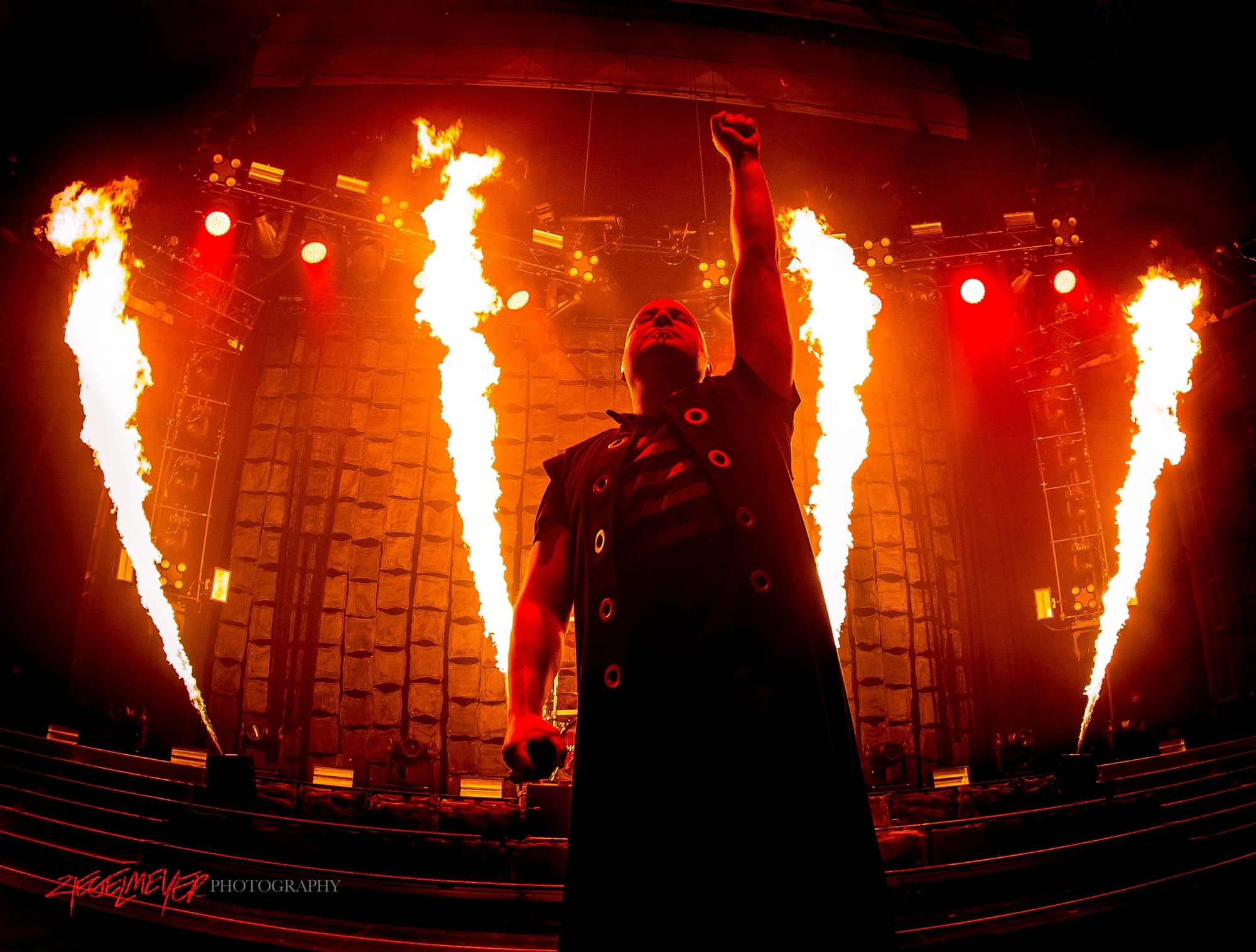 Disturbed_David_Draiman_©2016_Steve_Ziegelmeyer-7949-2