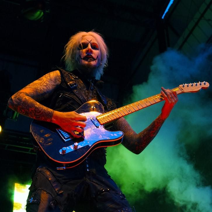 John 5, Michael Anthony, Corey Taylor and Fred Coury Cover Van Halen
