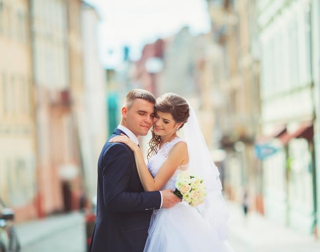 Big News About Amanda's Wedding Dress Photo-shoot