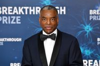 "Thanks to the Internet, LeVar Burton Will Host ""Jeopardy!"""