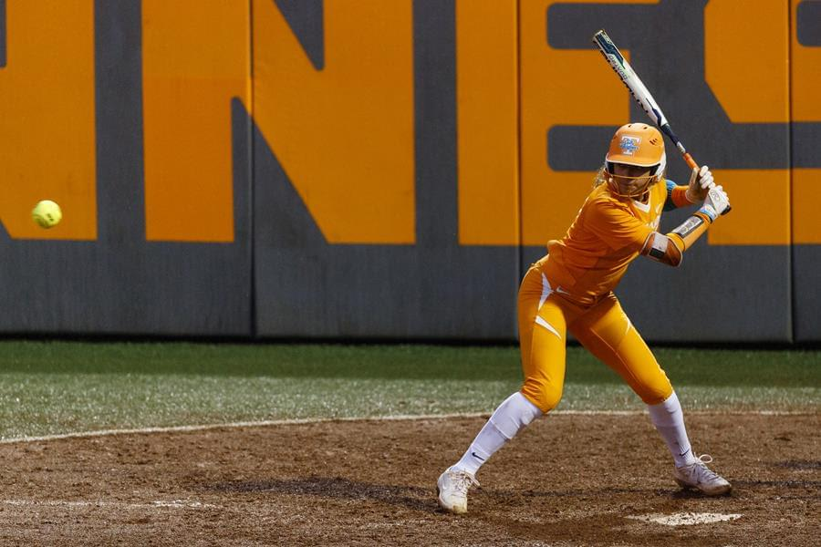 Lady Vols Recover with Big Bats in 6-3 Win Over Northwestern