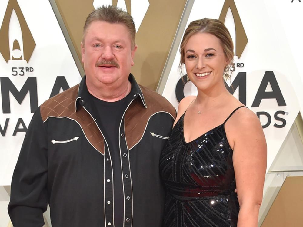 Country Stars Remember Joe Diffie Including Brad Paisley Carrie
