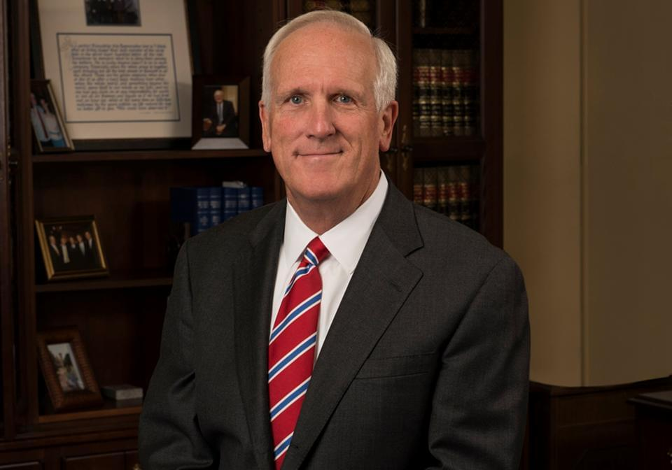 TN Attorney General: Mask Mandates Are Constitutionally Defensible