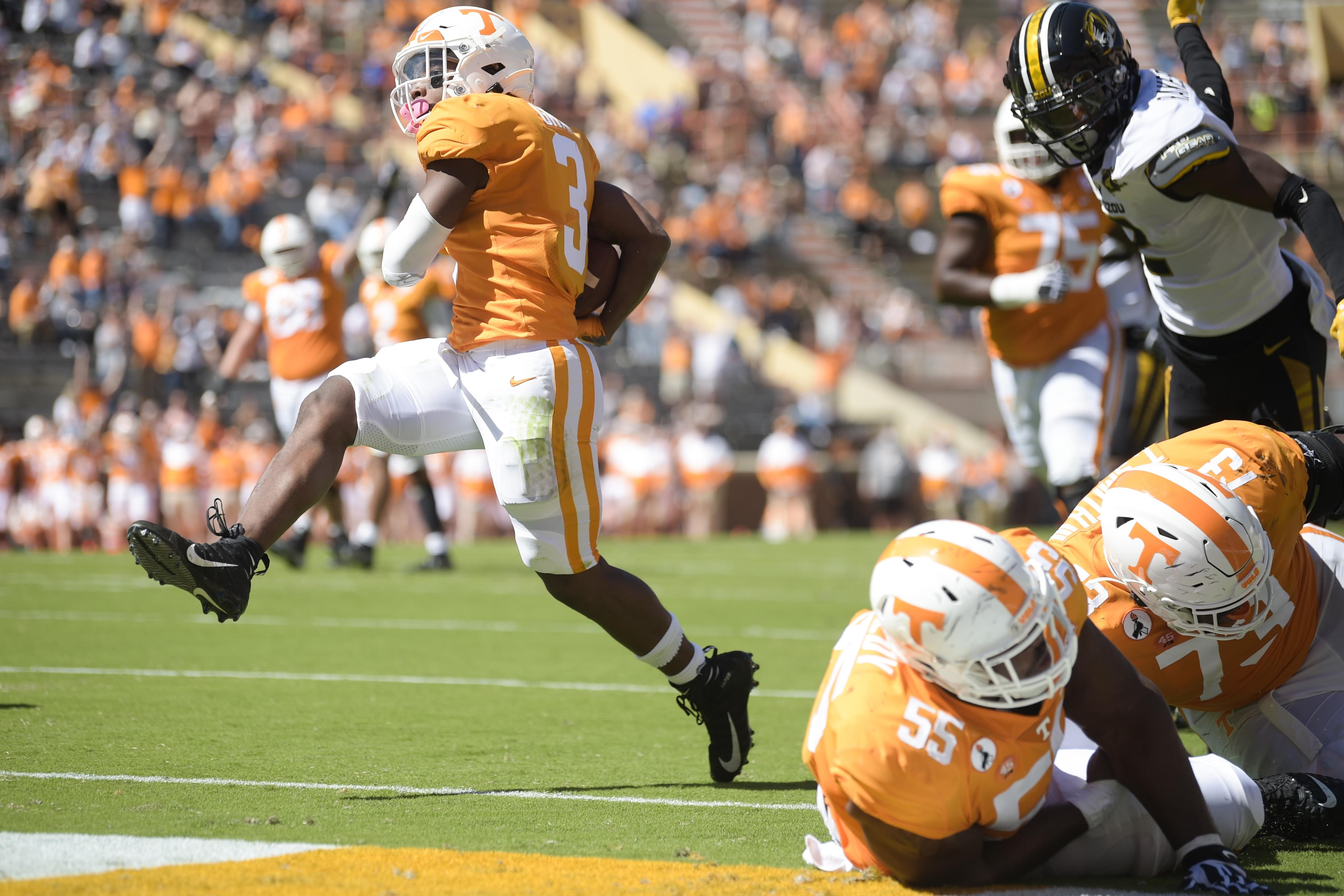 PHOTO GALLERY: Tennessee's 35-12 win over Missouri