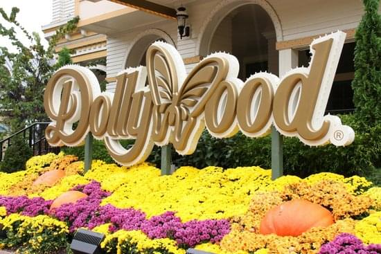 Dollywood Offering Special Deal on 2021 Season Pass for Area