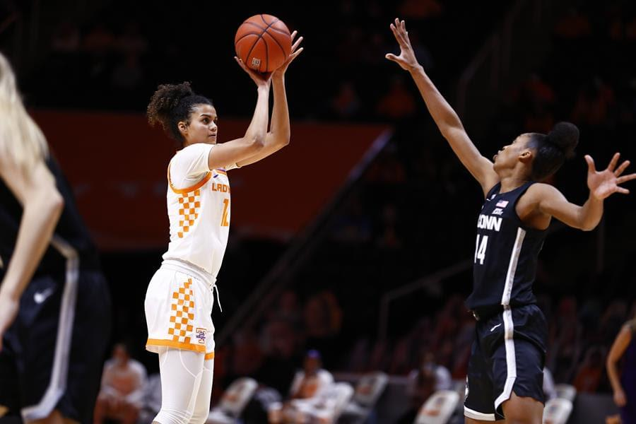 WATCH: Highlights/Postgame – No. 25 UT falls short against No. 3 UConn 67-61