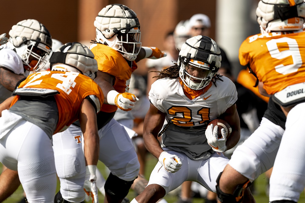 PHOTO GALLERY: Vols Football Spring Practice #3