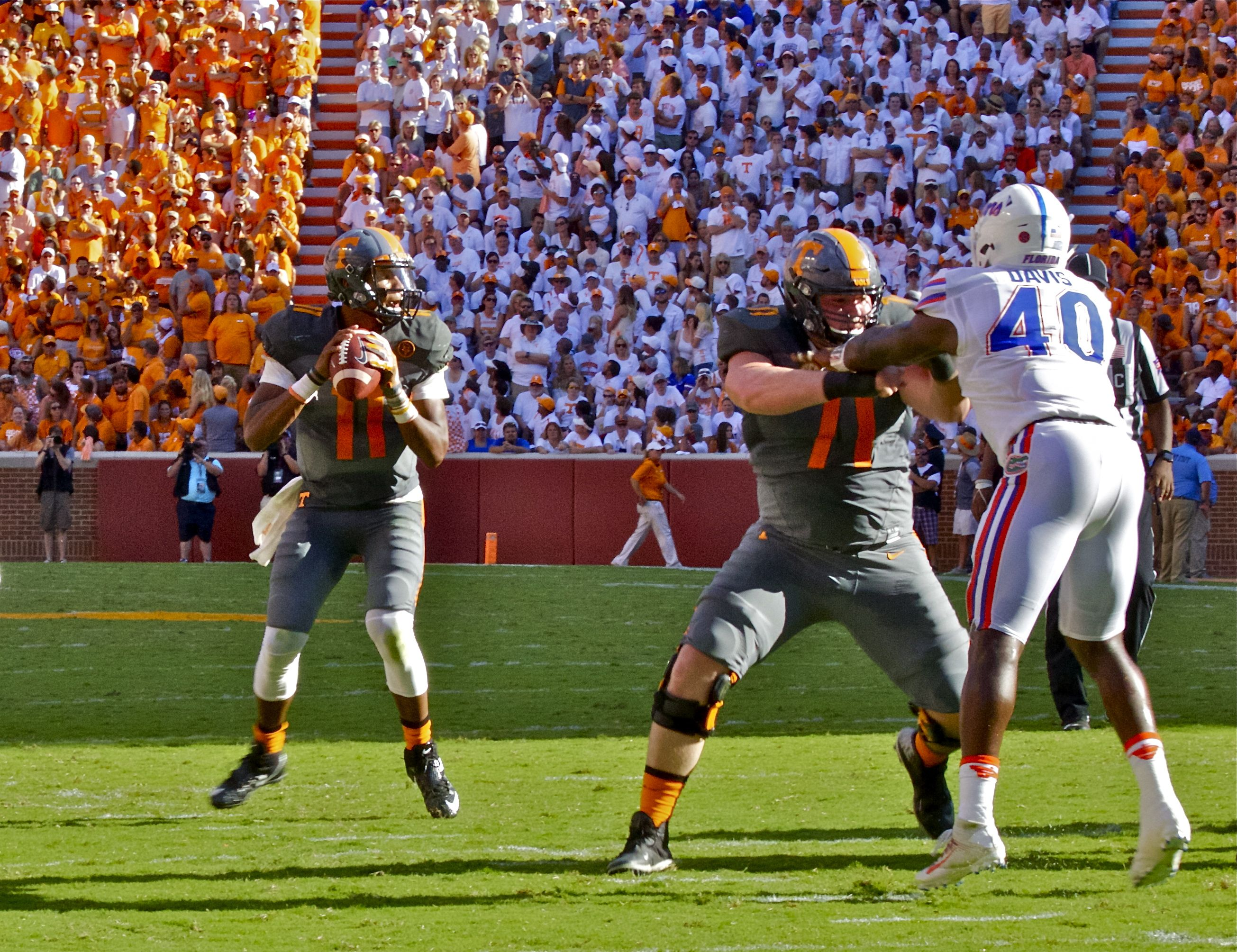 Photo Gallery: Tennessee vs. Florida Action