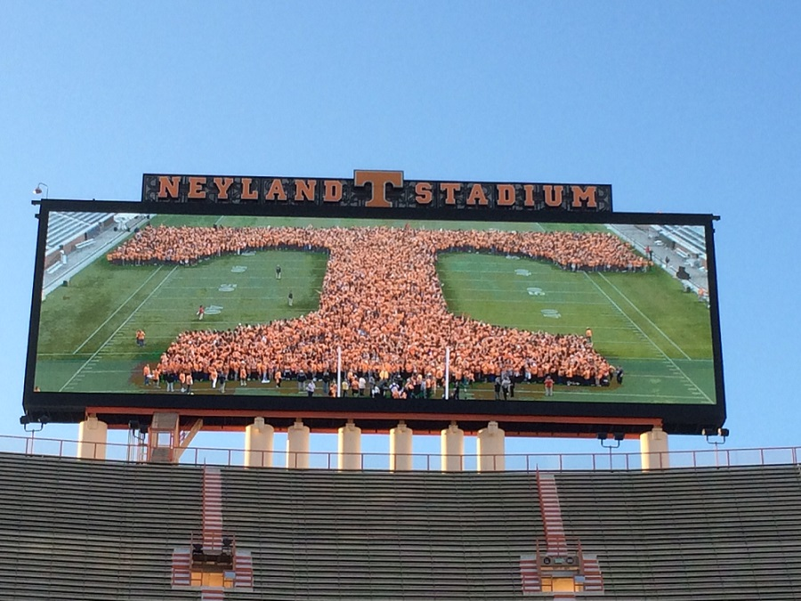 Photo Gallery: UT's world record set at Neyland Stadium