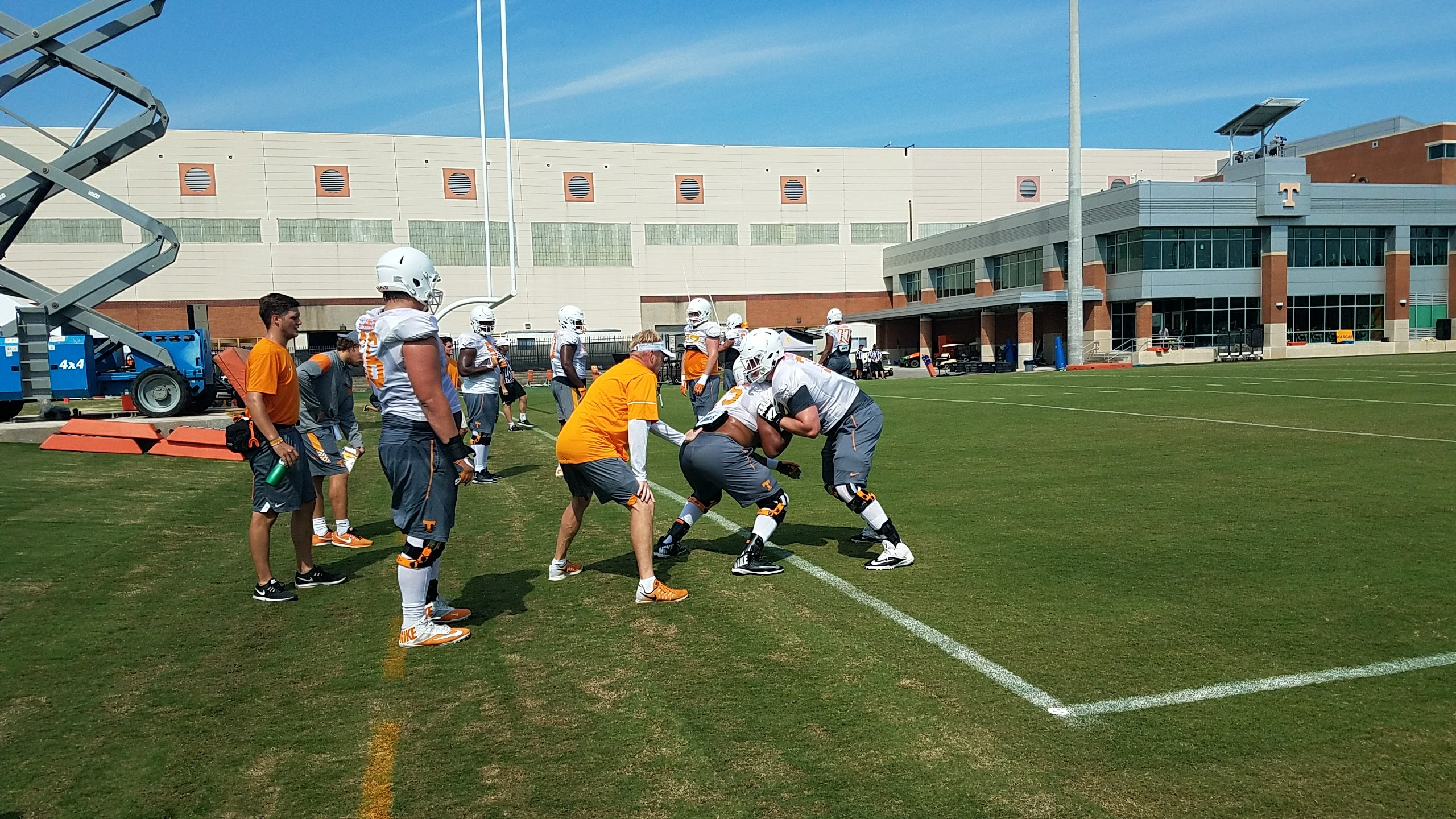 Vols Camp Report: UT Features Physicality and Versatility in the Trenches