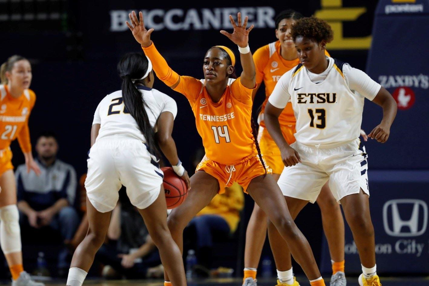 Lady Vols Open Harper Era With Win At ETSU, 72-68