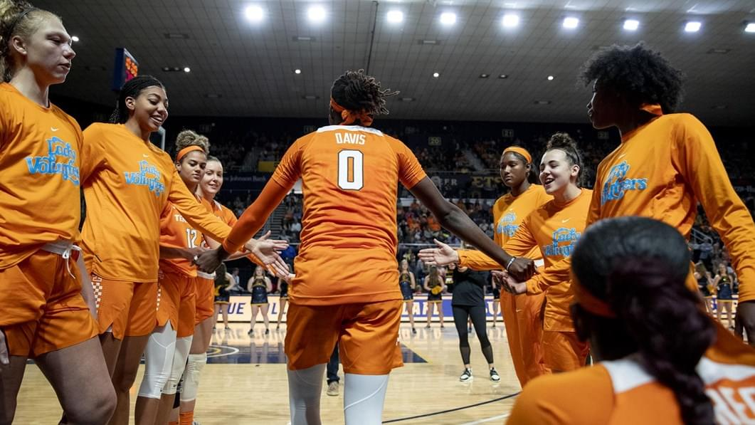 Lady Vols' Davis on Wade Trophy Watch List