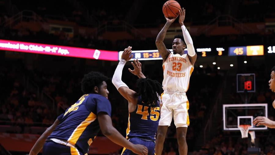 Vols Run Past Murray State in Second Half, 82-63