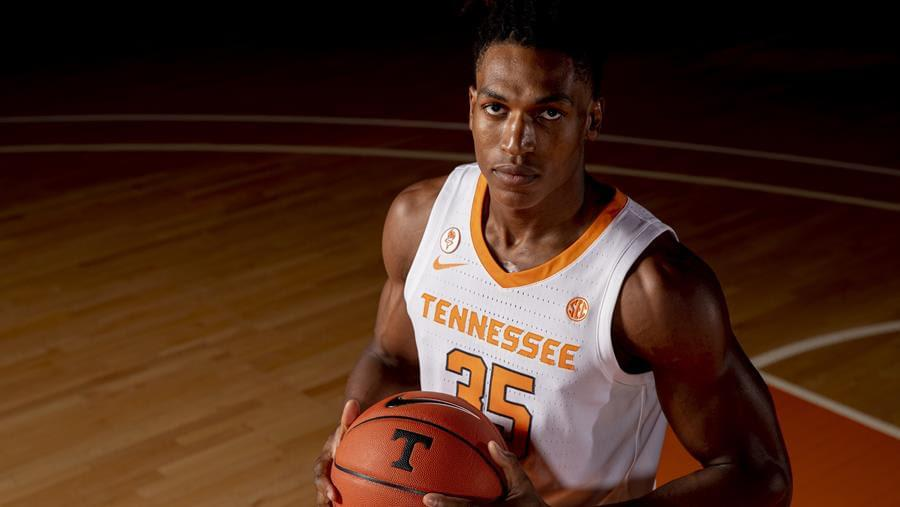 Hoops Preview: Tennessee vs. Chattanooga