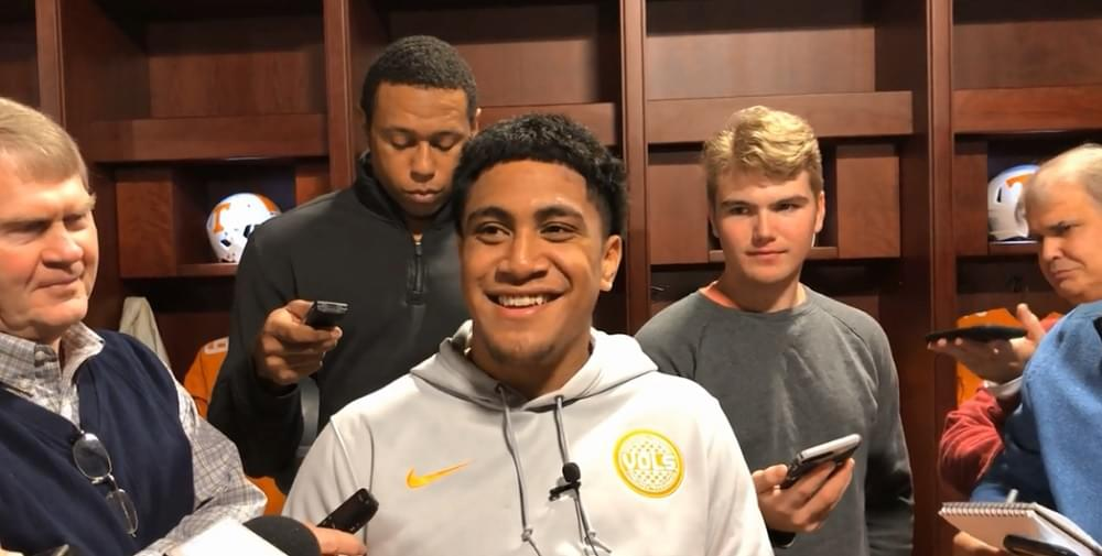 """Video: To'oto'o """"I love each and every one of the seniors that's on this team"""""""