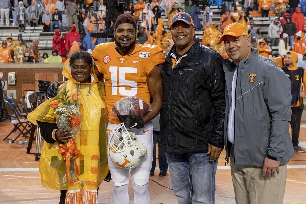 Photo Gallery: Tennessee Seniors in Pregame
