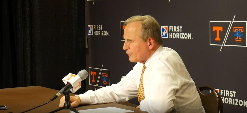 """Video: Barnes on playing freshmen more minutes and together """"We needed to do that"""""""