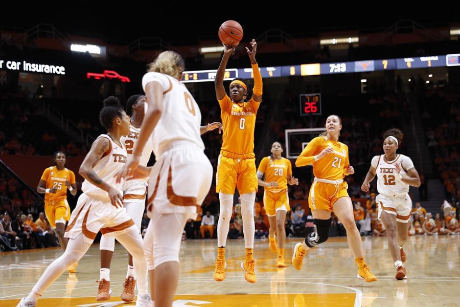 Lady Vols suffer first defeat of the season, fall to Texas 66-60