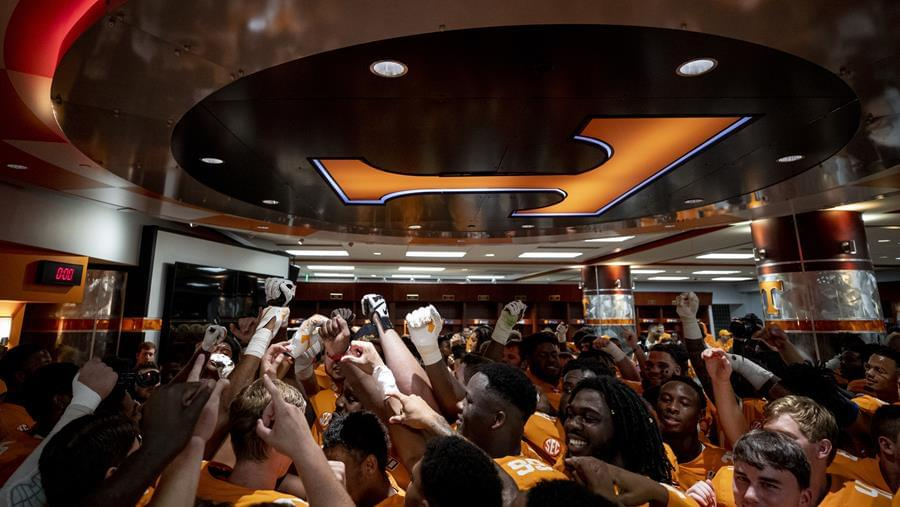 Vols Excited for Upcoming TaxSlayer Gator Bowl Experience