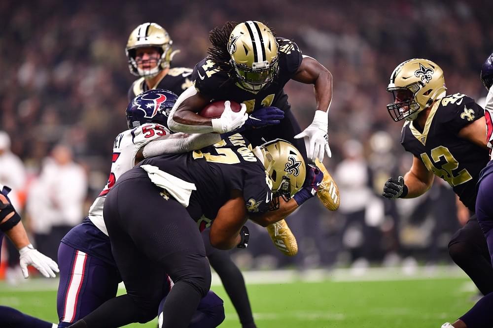 NFL Week 14 predictions, league game notes; 3 matchups of winning teams