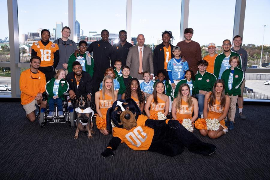Bowl Report: Vols Spend Time with Jacksonville Community