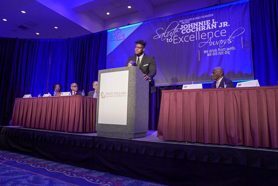 Smith Honored at 15th Annual Johnnie L. Cochran Foundation Jr. Salute to Excellence Awards