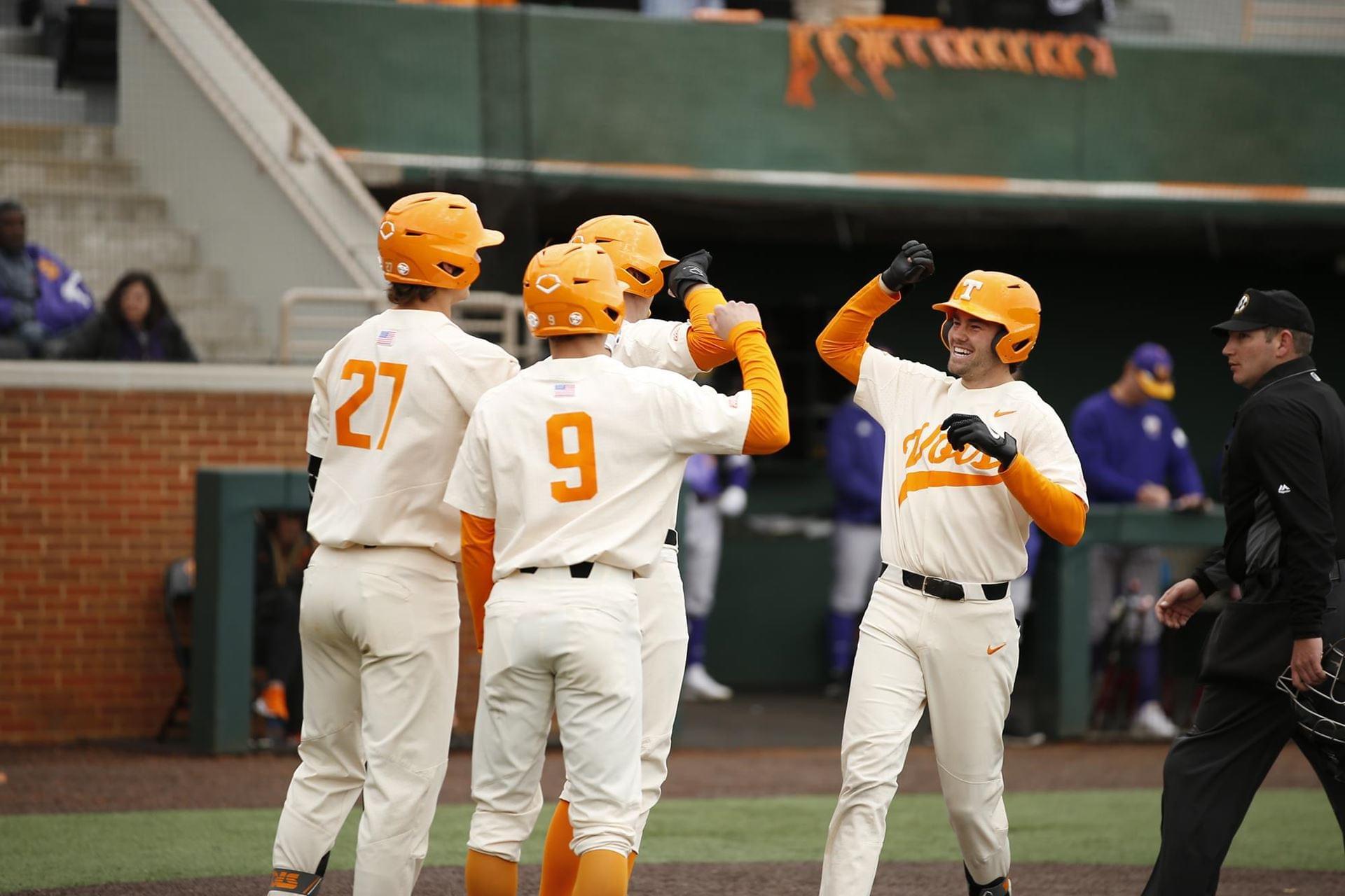 Vols Complete Season-Opening Series Sweep of Western Illinois, 23-4