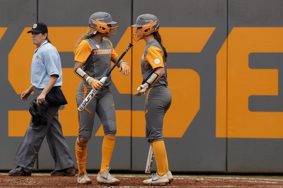 Softball Preview: No. 12 Tennessee at USF Invitational