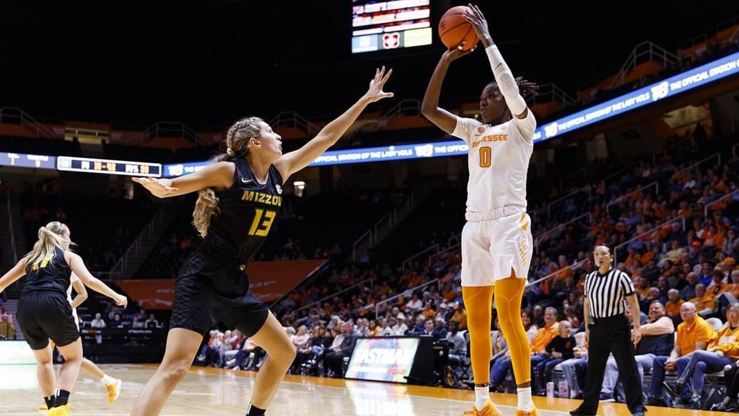 Rennia Davis Named Final 2019-20 SEC Women's Hoops Player of the Week