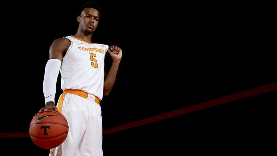 Hoops Central: Tennessee at #6 Kentucky