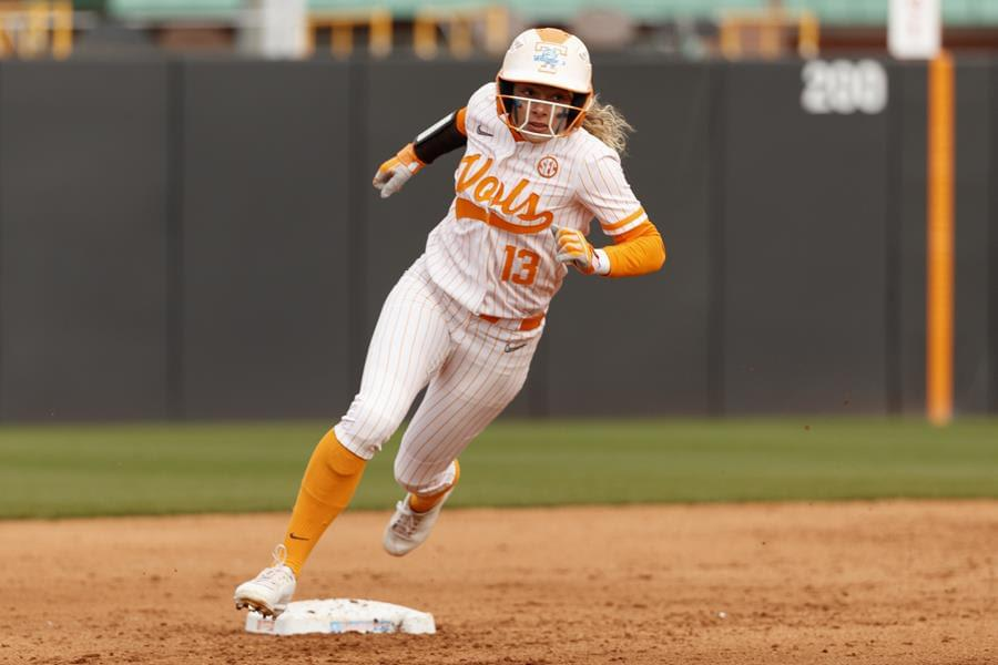 Lady Vols Win Seesaw Extra-Inning Affair Over Toledo, 10-9