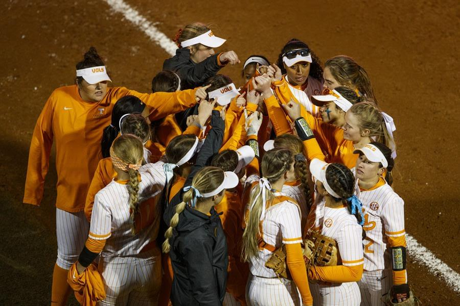 UT Sweeps Day with Second Win Over ETSU