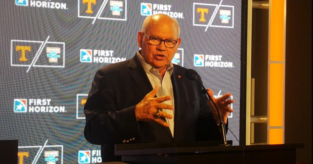 "Audio: Fulmer on EA Show on Pruitt ""He does a really great job of getting to them. Whatever their buttons, he finds it."""