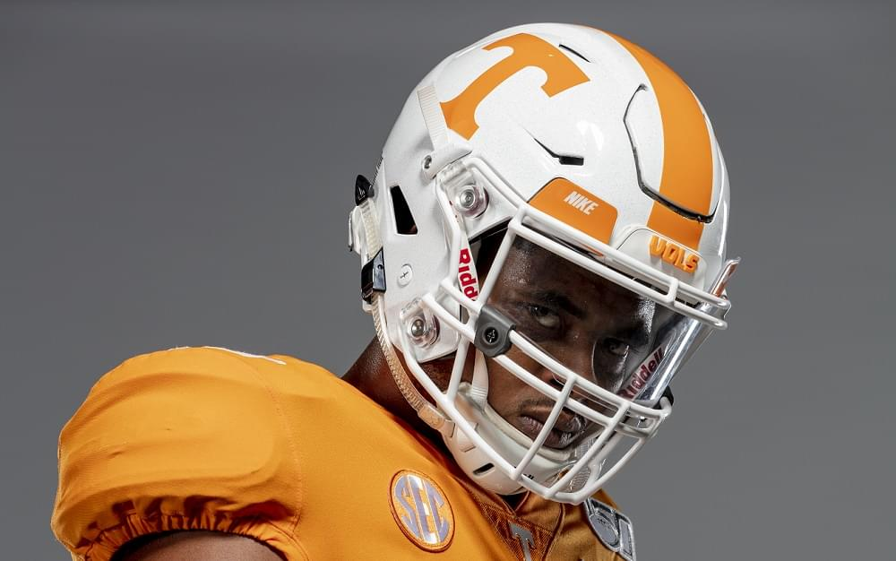 Watch: Jauan Jennings family moment, highlight videos, reaction to 49ers selection in 7th rd