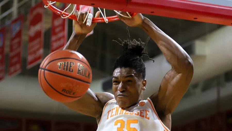 "ESPN's Biancardi on if Pons returns ""It's a win-win. Tennessee becomes one of the best teams in the country…and he can elevate his draft stock."""