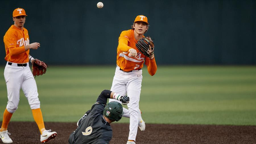Tennessee Baseball 2021 Position Preview: Infielders & Catchers