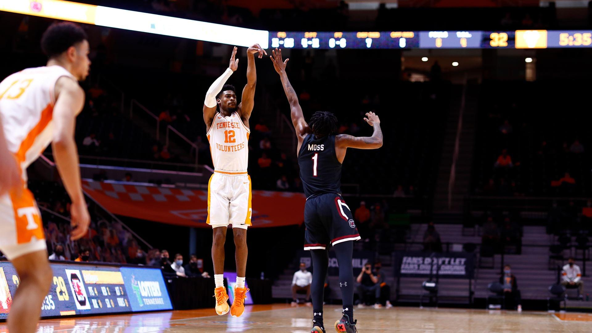 Bailey's Hot Shooting Night Leads Vols Past South Carolina, 93-73