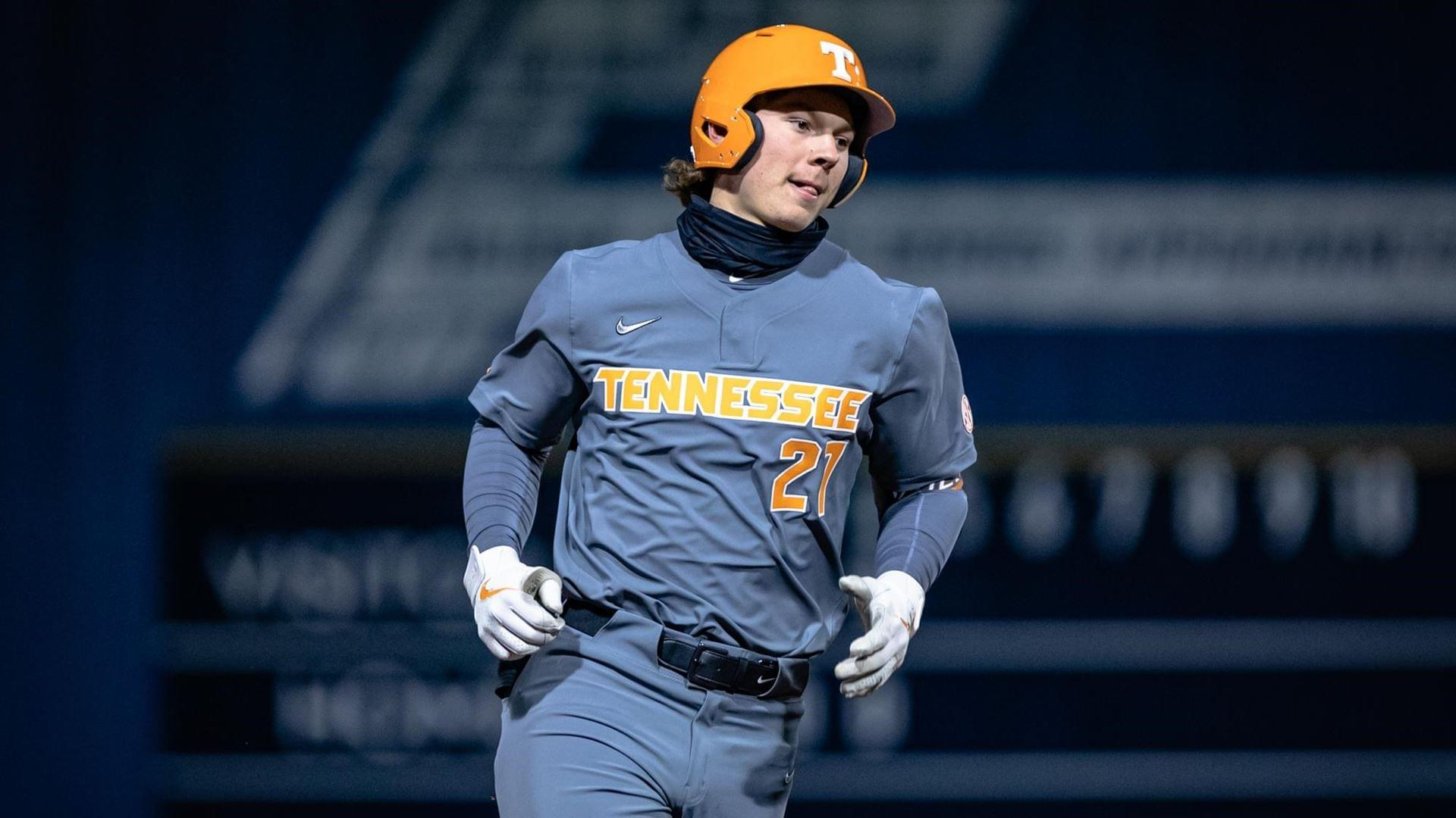 Beck Power Vols Past Georgia Southern in Season Opener