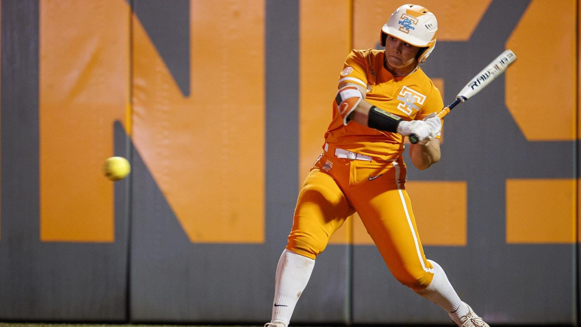 Lady Vol Homers Help Sweep the Day