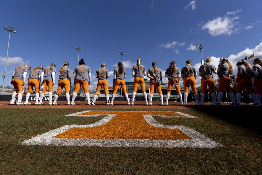 Softball Preview: No. RV/23/24 Tennessee vs Illinois State and Tennessee Invitational