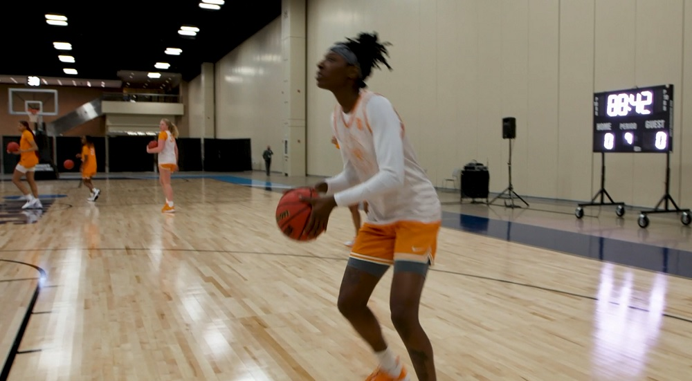 WATCH: Lady Vols practice in San Antonio preparing for 2nd Rd vs. Michigan