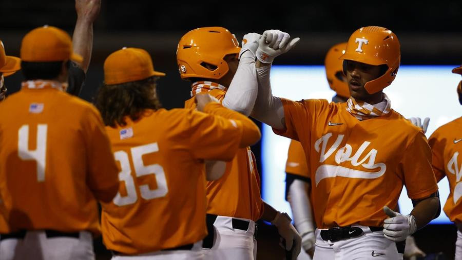 Postgame/Boxscore/Story: #9 Vols Cruise Past Eastern Kentucky, 13-5