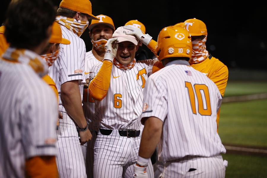 Boxscore/Story: #9 Vols Homer Four Times to Clinch Series Win Over #14 LSU in Extras