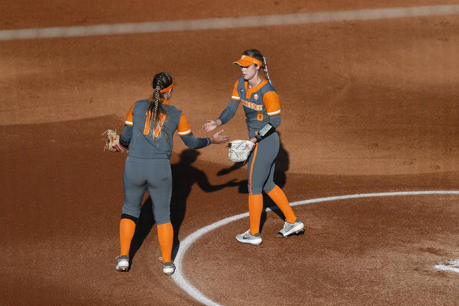 Boxscore/Story: UT Softball routed in game two by Kentucky, 13-2
