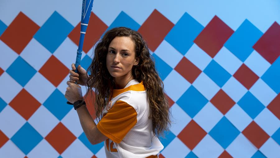 Softball Preview: #18 Tennessee vs. Tennessee Tech