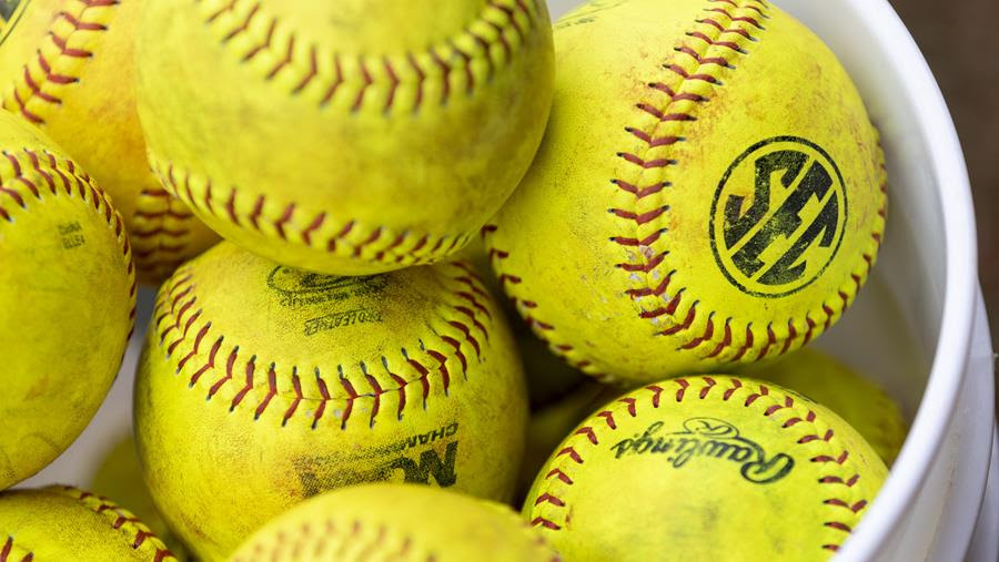 Today's Lady Vols Softball Doubleheader Canceled